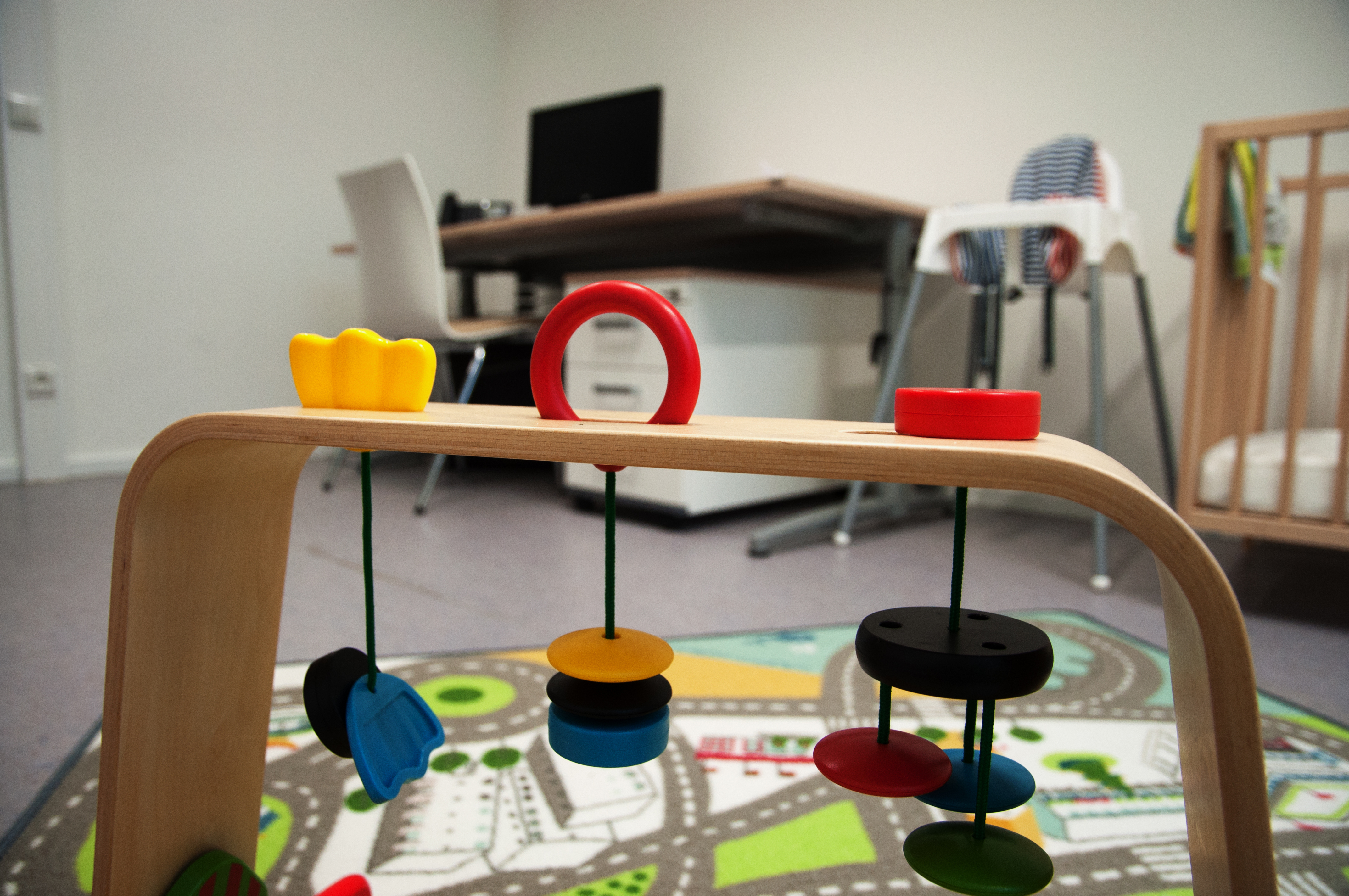 Toys and work zone in the parent-child office